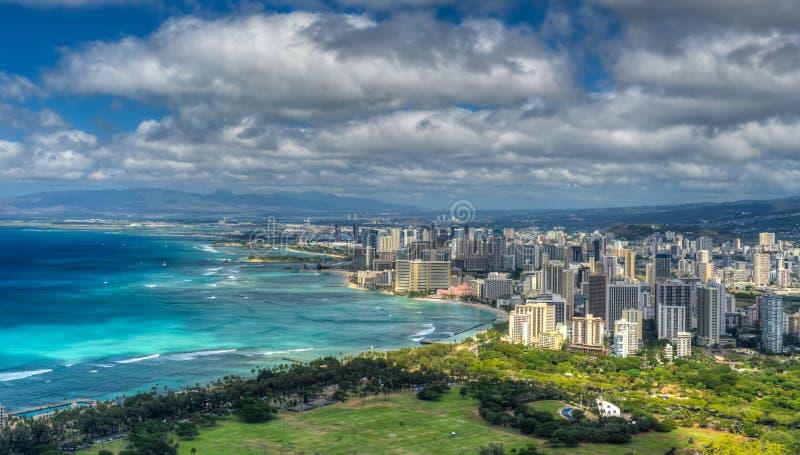 Honolulu und Mamala-Bucht lizenzfreies stockbild