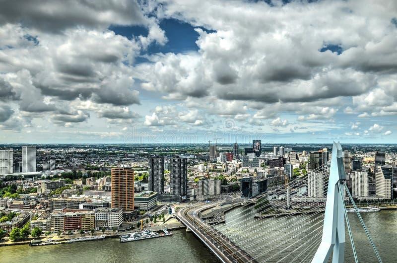 Honom stad och bron arkivfoton