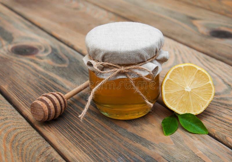 Honung och citron arkivbild