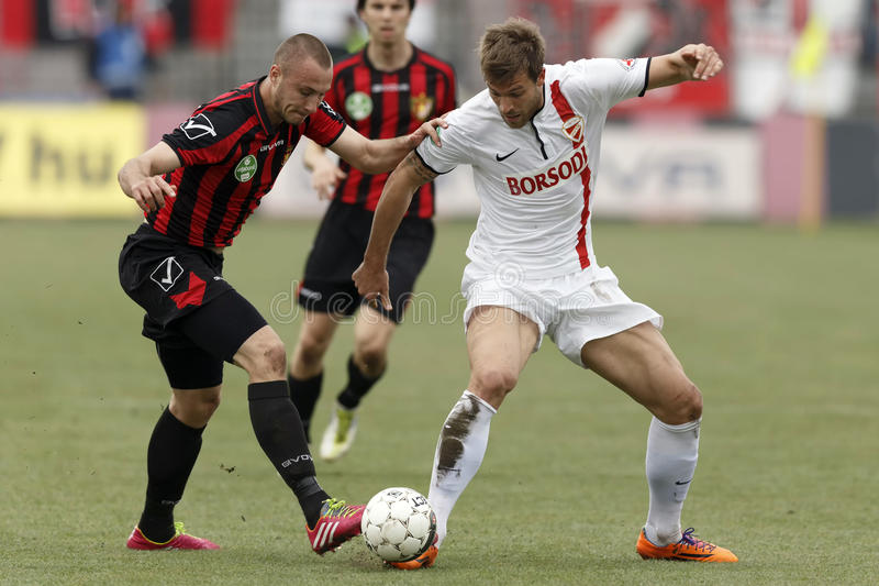 Download Honved Vs. DVTK Football Match Editorial Stock Image - Image of goal, attack: 39500079