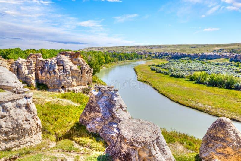 Hoodoo Badlands στο γράφω--πέτρινο επαρχιακό πάρκο στον Καναδά στοκ εικόνες
