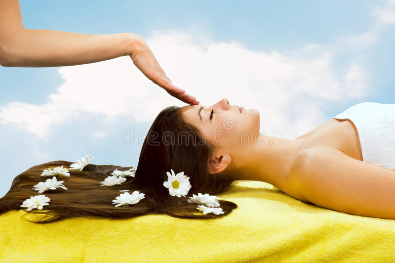 Hoofd massage stock foto's