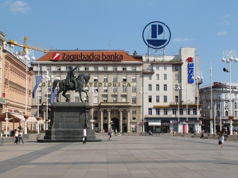 Hoofd stadsvierkant in Zagreb, Kroatië stock afbeeldingen