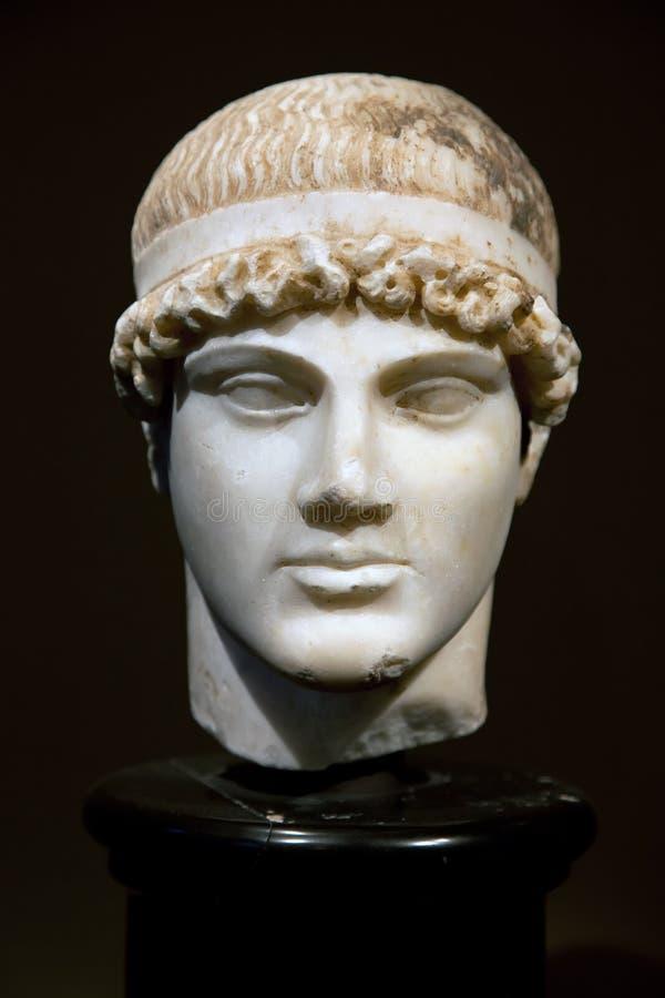 Hoofd van een oud Grieks standbeeld royalty-vrije stock fotografie
