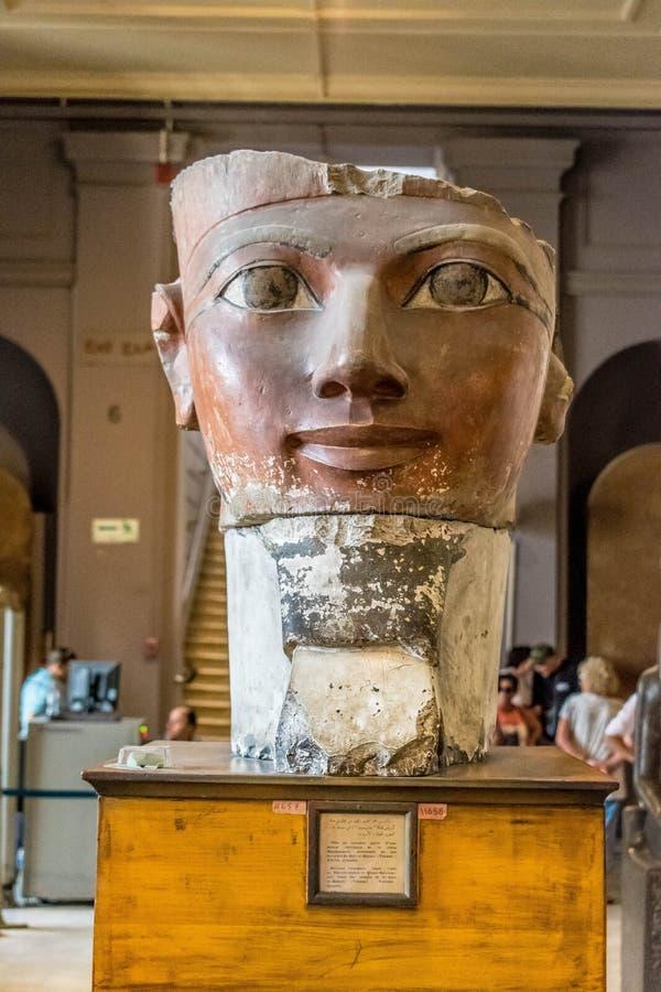 Hoofd van Osiride Statue van Hatshepsut stock afbeeldingen