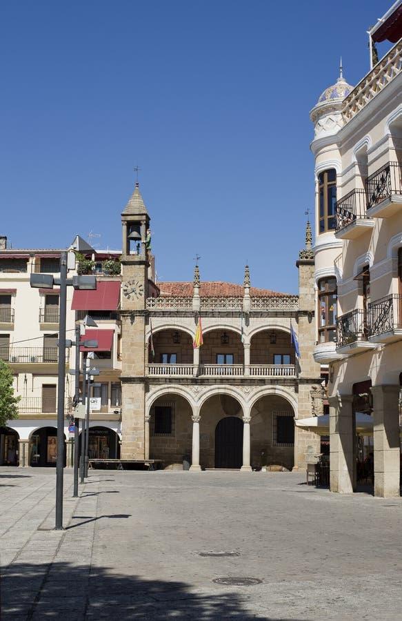 Hoofd vierkant en het stadhuis van Plasencia, Caceres spanje royalty-vrije stock afbeeldingen
