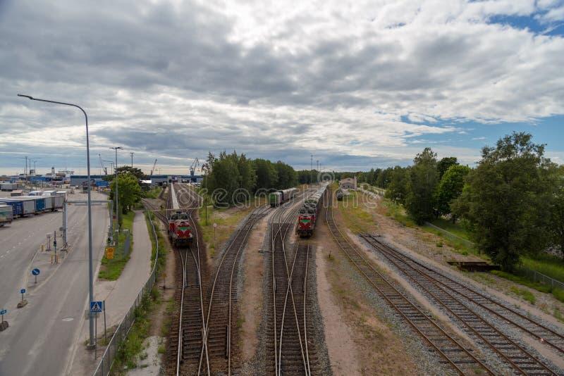Hoofdartikel 07 06 2018 Hanko Finland, spoorwerf met treinen royalty-vrije stock foto's
