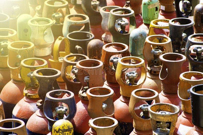 Hoofden van Industriële gasflessen stock fotografie