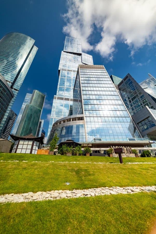 Hoofdstad - multifunctionele complex, die deel van de stad van Moskou uitmaakt, bestaand uit twee torens - Moskou en St. Petersbu stock foto's