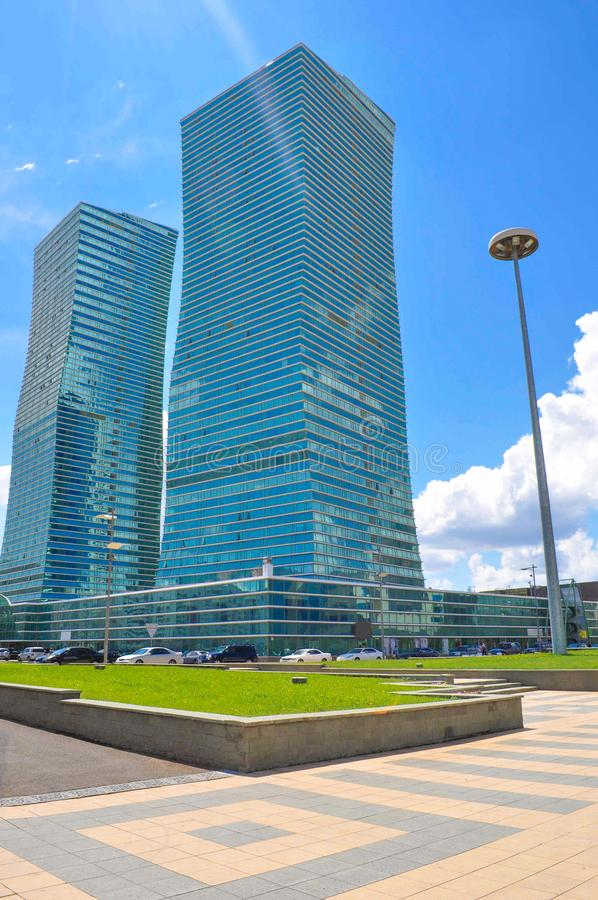 Hoofdstad van Kazachstan Nursultan, tweelingtorens royalty-vrije stock foto's
