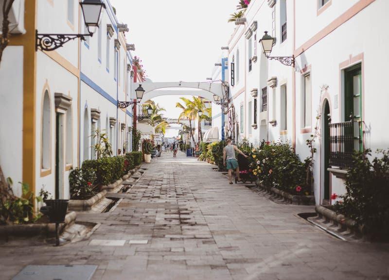 Hoofdstraat in Mogan Gran Canaria Canary Islands Spanje stock fotografie