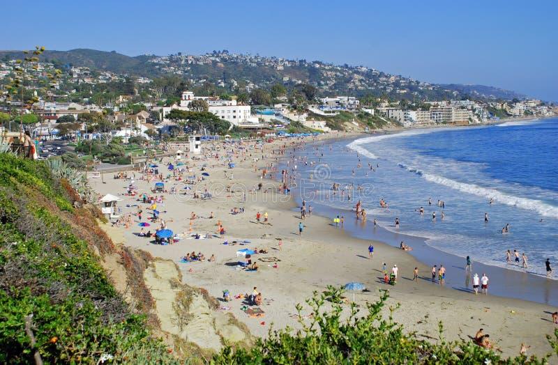 Hoofdstrand in de zomer bij Laguna Beach, CA. stock fotografie