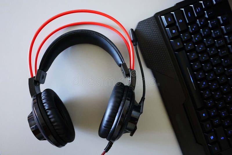 Hoofdtelefoon-hoofdtelefoons voor spelen en mededeling, Details, close-up stock foto