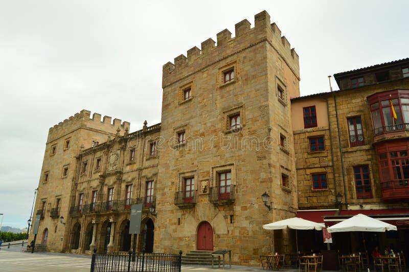 Hoofdvoorgevel van het Revillagigedo-Paleis in Gijon Architectuur, Reis, Vakantie, Steden royalty-vrije stock foto's
