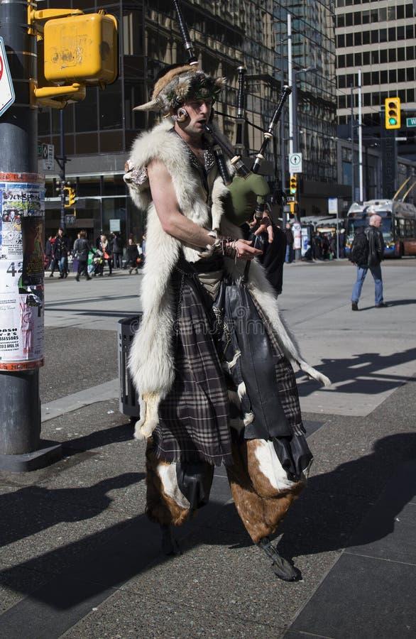 Hoofed doedelzakspeler in Vancouver van de binnenstad - voorzijde stock afbeeldingen