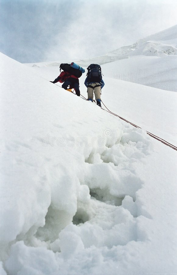 Hoog alpinisme stock fotografie