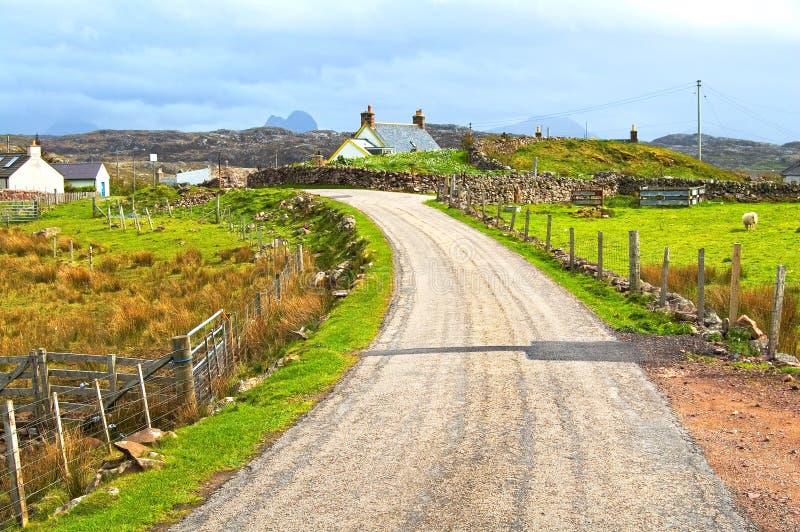 Hooglanden van smal de weg landelijk landschap van Schotland, het UK stock foto