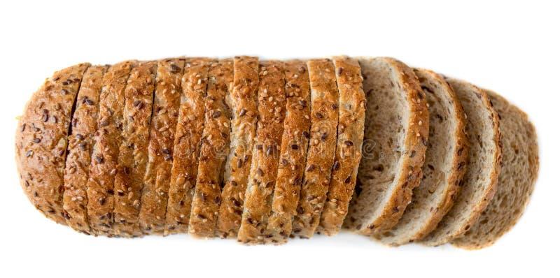Hoogste mening van gesneden die wholegrain broodbrood op witte bac wordt geïsoleerd royalty-vrije stock afbeeldingen
