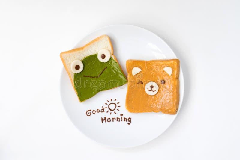 Hoogste mening van leuk ontbijt voor jonge geitjes op witte achtergrond stock afbeelding