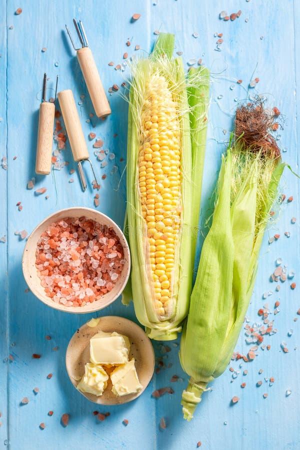 Hoogste mening van ma?skolf met boter en zout stock foto