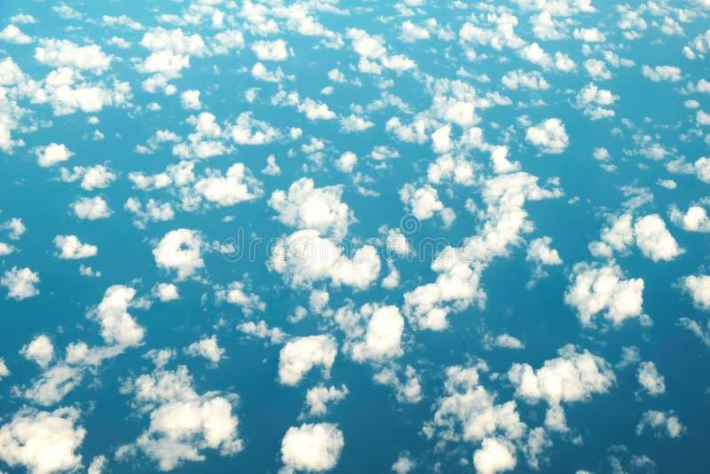 Hoogste wolkenachtergrond stock foto's
