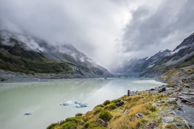 Hooker-Tal-Bahn, einer der populärsten Wege in Aoraki-/Mtkoch National Park, Neuseeland stockfotos