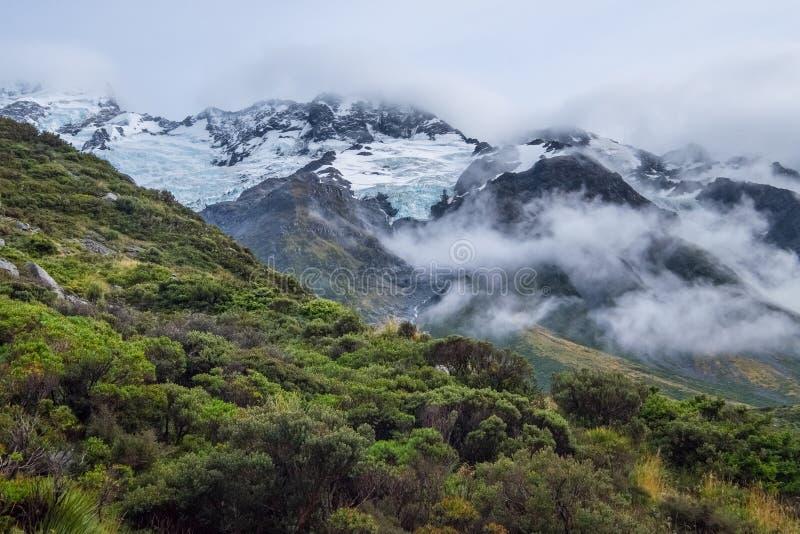 Hooker-Tal-Bahn in Mt Nationalpark des Kochs, Neuseeland stockbilder