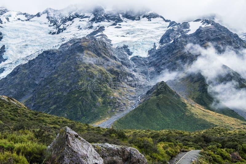 Hooker-Tal-Bahn in Mt Nationalpark des Kochs, Neuseeland stockbild