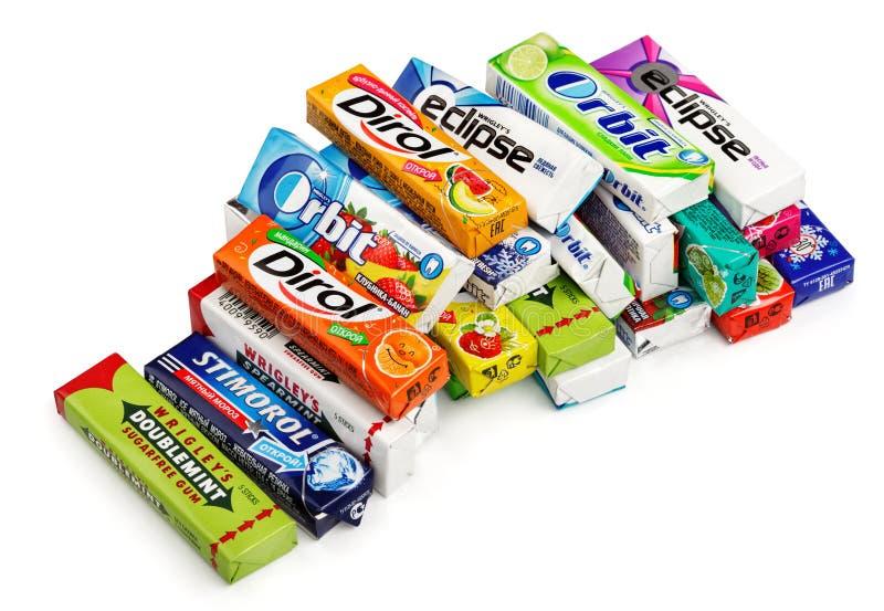 Hoop van het diverse merk kauwen of kauwgom stock afbeeldingen
