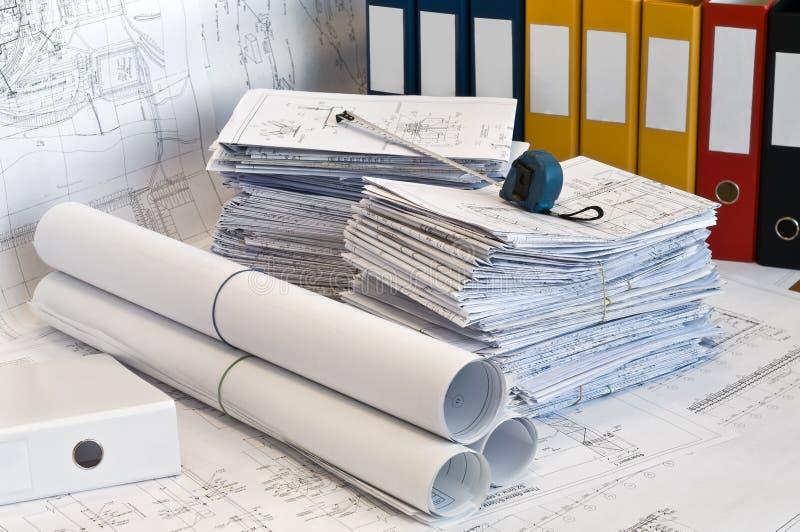 Hoop van ontwerp en projecttekeningen stock foto
