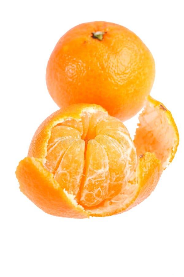 Hoop van rijpe verse sappige mandarijnen stock foto