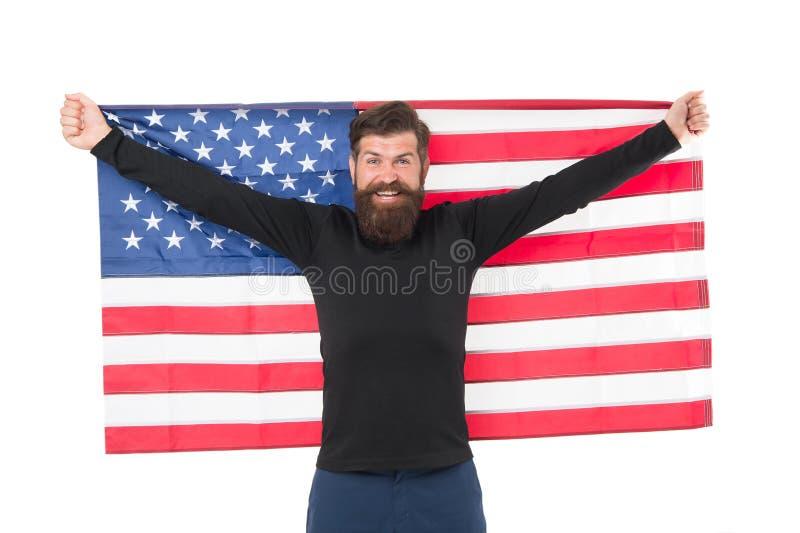 Hooray, swój dzień niepodległości Brodata mężczyzny mienia flaga amerykańska na dniu niepodległości Szczęśliwy modnisia upamiętni fotografia royalty free