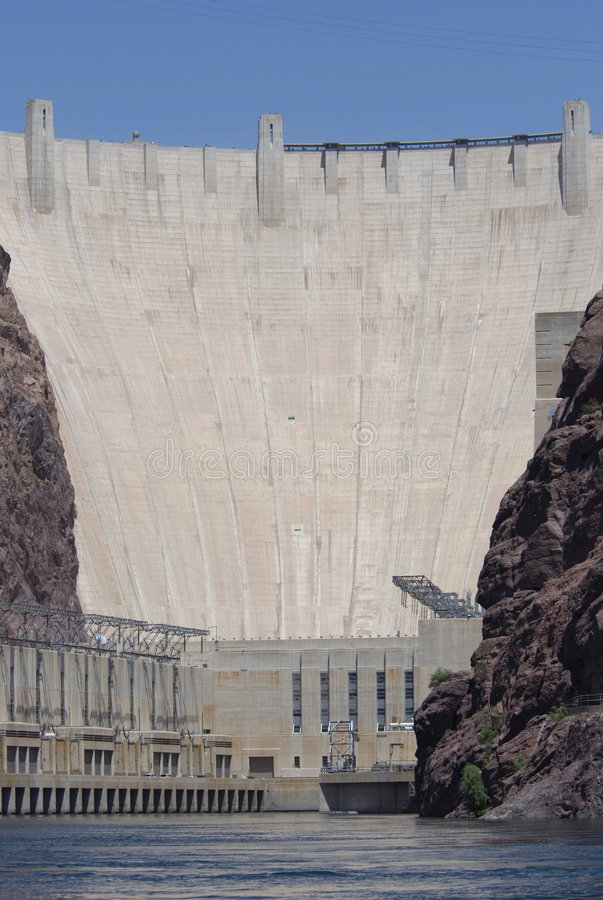 Download Hoover Dam From The River Royalty Free Stock Images - Image: 2995869