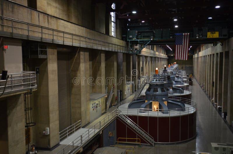 Hooverdam, Hydro-elektrische Generators, vervoer, structuur, stedelijk gebied, openbaar vervoer stock foto