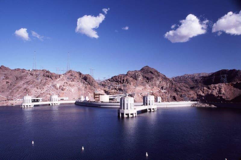Hooverdamm und Lake Mead lizenzfreies stockbild