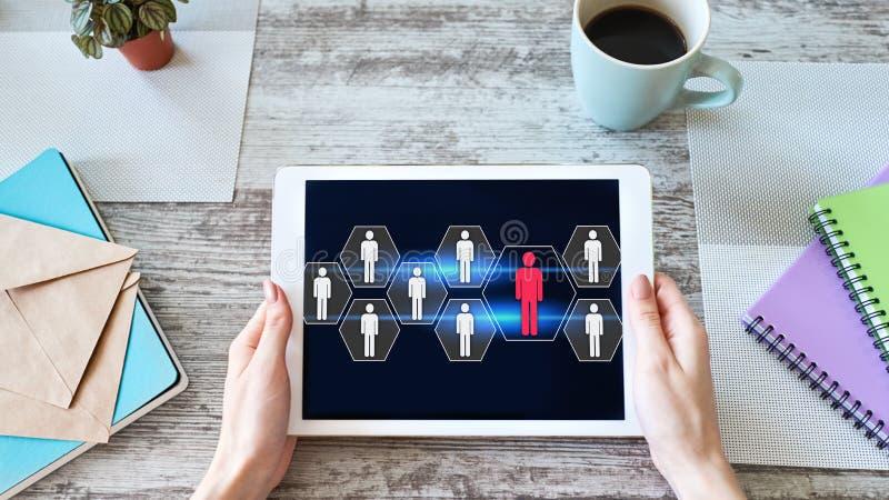 Hora, gesti?n de recursos humanos, trabajo en equipo, concepto del reclutamiento en la pantalla del dispositivo foto de archivo libre de regalías
