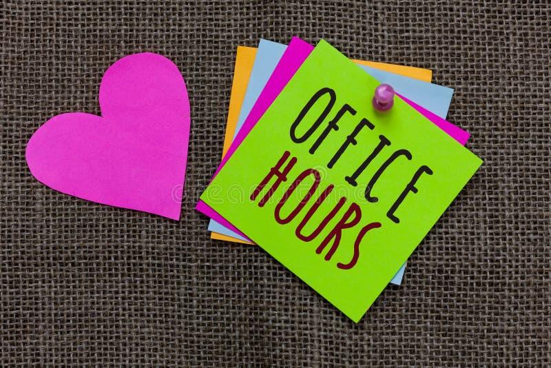 Horas de escritório do texto da escrita O conceito que significa as horas que o negócio é conduzido normalmente papel do tempo de foto de stock