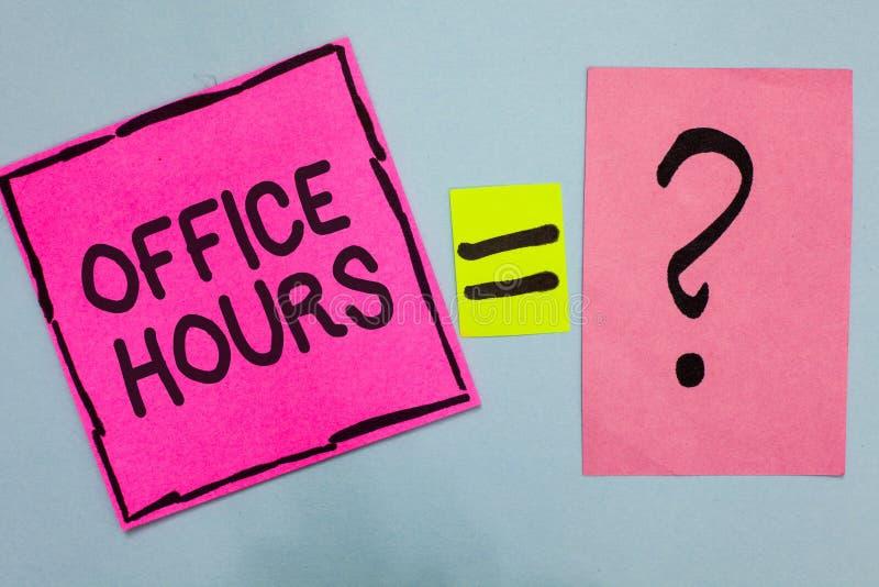Horas de escritório do texto da escrita da palavra O conceito do negócio para as horas que o negócio é normalmente papel conduzid fotografia de stock