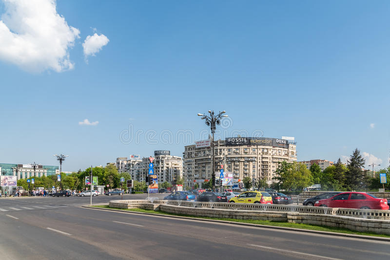 Horas de ponta em Union Square (Piata Unirii) de Bucareste imagem de stock