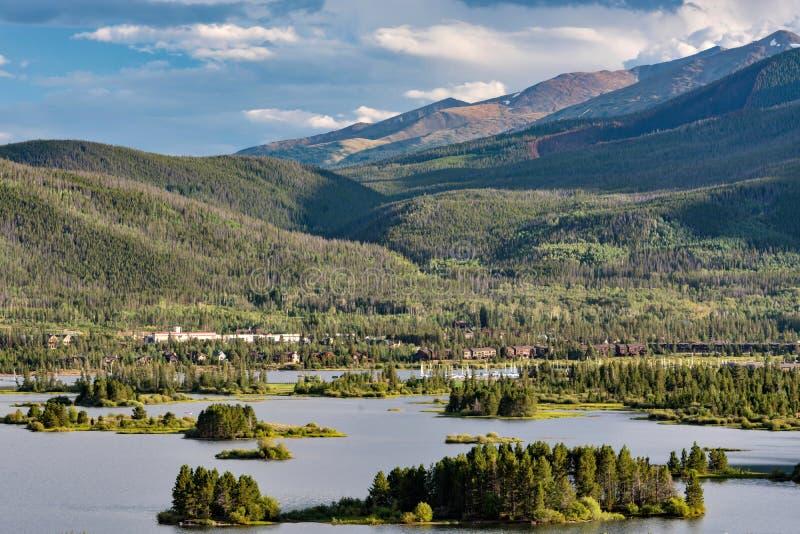Horas de verão no lago Dillon, Colorado fotografia de stock royalty free