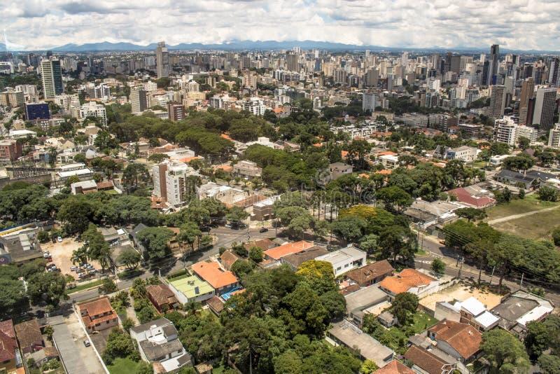 Horisont av Curitiba arkivbild