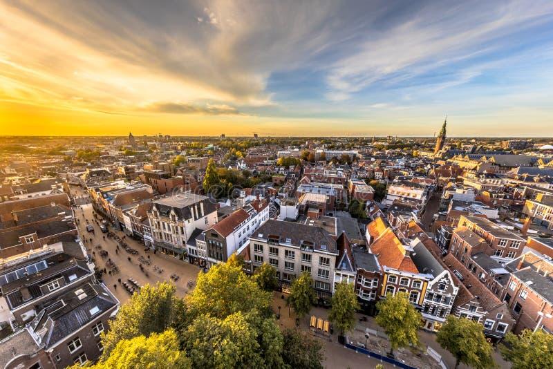 Horisont av den historiska Groningen staden arkivfoto