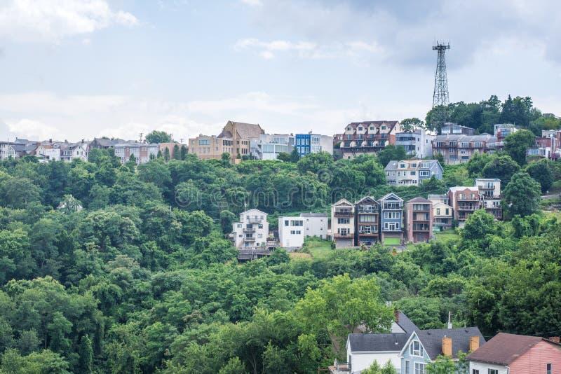 Horisont av Pittsburgh, Pennsylvania från monteringen Washington arkivfoto