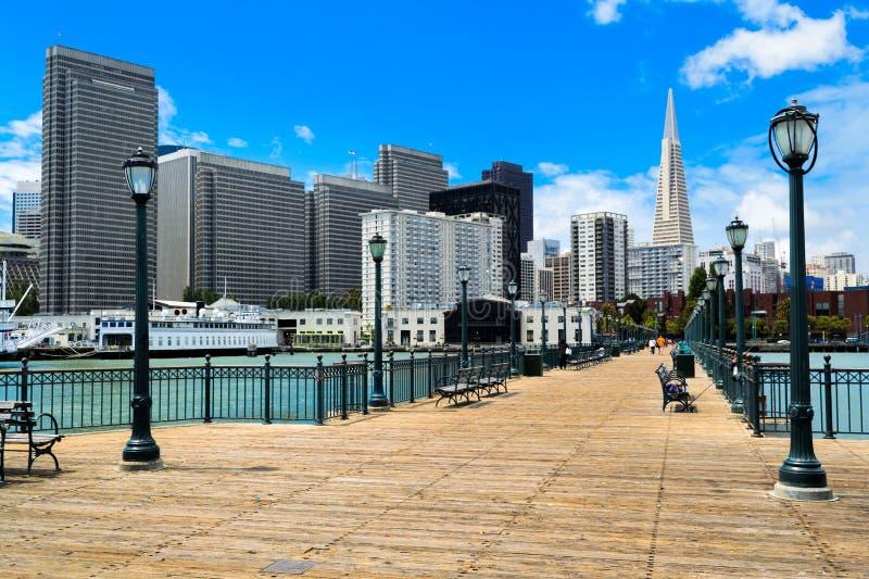 Horisont av San Francisco arkivbild