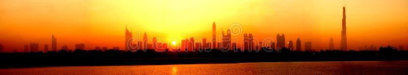 Horisont Dubai arkivfoton
