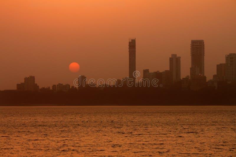 horisont för stadsgryningmumbai royaltyfri fotografi