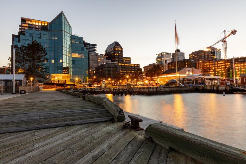 Horisont och hamn av Halifax i Kanada royaltyfria foton