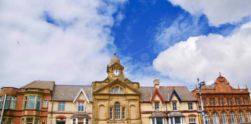 Horisont och staden royaltyfria foton
