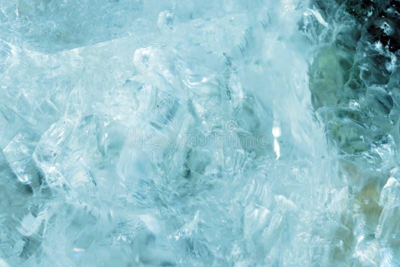 Horisontalgjorda ljusare skivor av blått marmorerar kvartsisbakgrund Iskallt bakgrundsideal för kalla lugna färger för din design arkivfoton