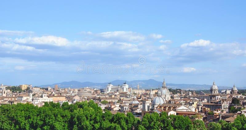Horizon central historique de ville de Rome photographie stock libre de droits